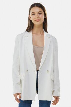 Bershka Kadın Beyaz Dökümlü Düğmeli Blazer