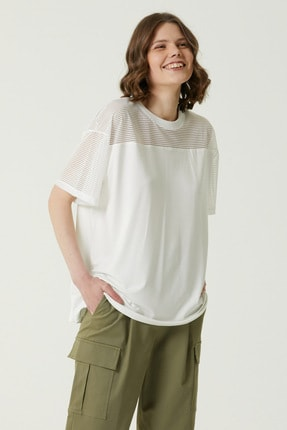 Network Kadın Geniş Fit Kırık Beyaz Çizgili T-shirt 1079954