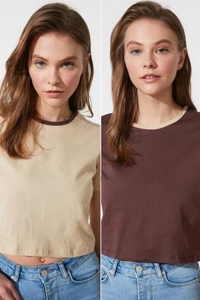 TRENDYOLMİLLA Kahverengi-Bej 2'li Paket Yaka Detaylı Crop Örme T-Shirt TWOSS21TS0396