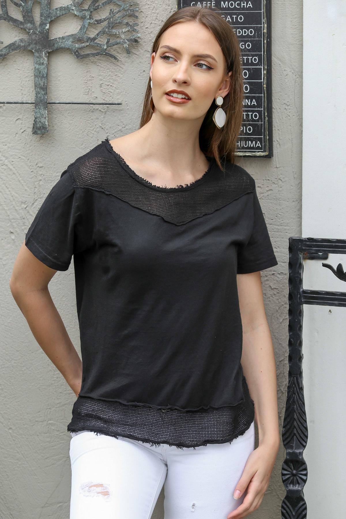 Chiccy Kadın Siyah Sıfır Yaka Roba Ve Etek Ucu File Detaylı Yıkamalı T-Shirt M10010300TS98199