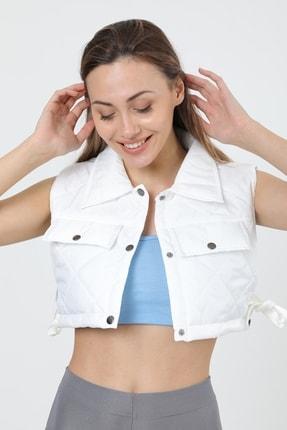 MD trend Kadın Beyaz Çıtçıt Detaylı Dokulu Crop Kapitone Yelek