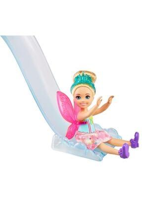 Barbie Dreamtopia Chelsea Ve Eğlenceli Dünyası Oyun Seti Ağaç Ev Gtf49
