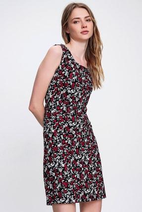 Trend Alaçatı Stili Kadın Kırmızı Siyah Desenli Kolsuz Elbise ALC-015-124-001