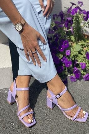 İnan Ayakkabı Kadın Lila Cilt Küt Burun Ön Oval Tek Bantlı Topuklu Sandalet