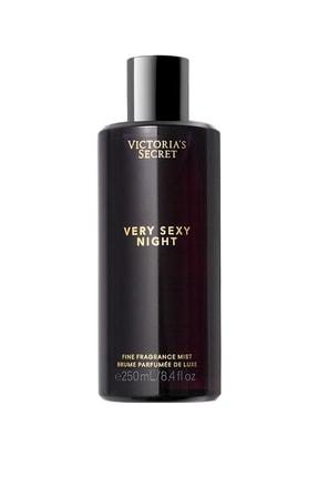 Victoria's Secret Very Sexy Night Fragrance Mist 250 Ml Kadın Vücut Spreyi