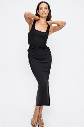Trend Alaçatı Stili Kadın Siyah Beli Büzgü Dekolteli Askılı Kaşkorse Elbise ALC-X6421