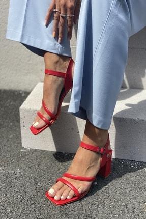 İnan Ayakkabı Kadın Kırmızı  Tek Bantlı Topuklu Sandalet