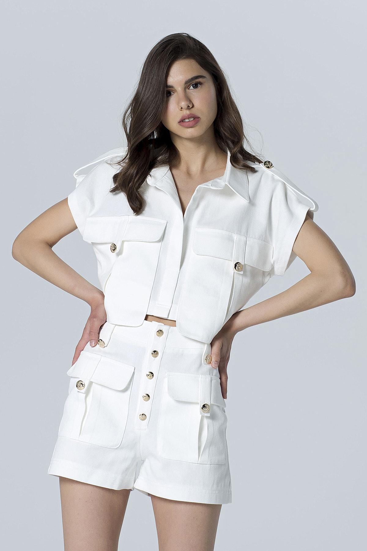 LooksGreat Kadın Ekru Cep Detaylı Kısa Kol Crop Ceket LGOZ108HLN