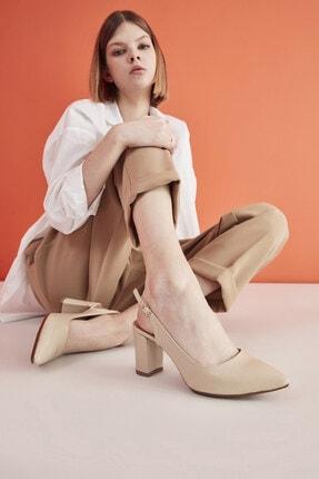 Hotiç Naturel Yaya Kadın Topuklu Ayakkabı