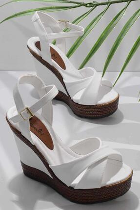 Bambi Beyaz Kadın Dolgu Topuklu Ayakkabı K05931070909