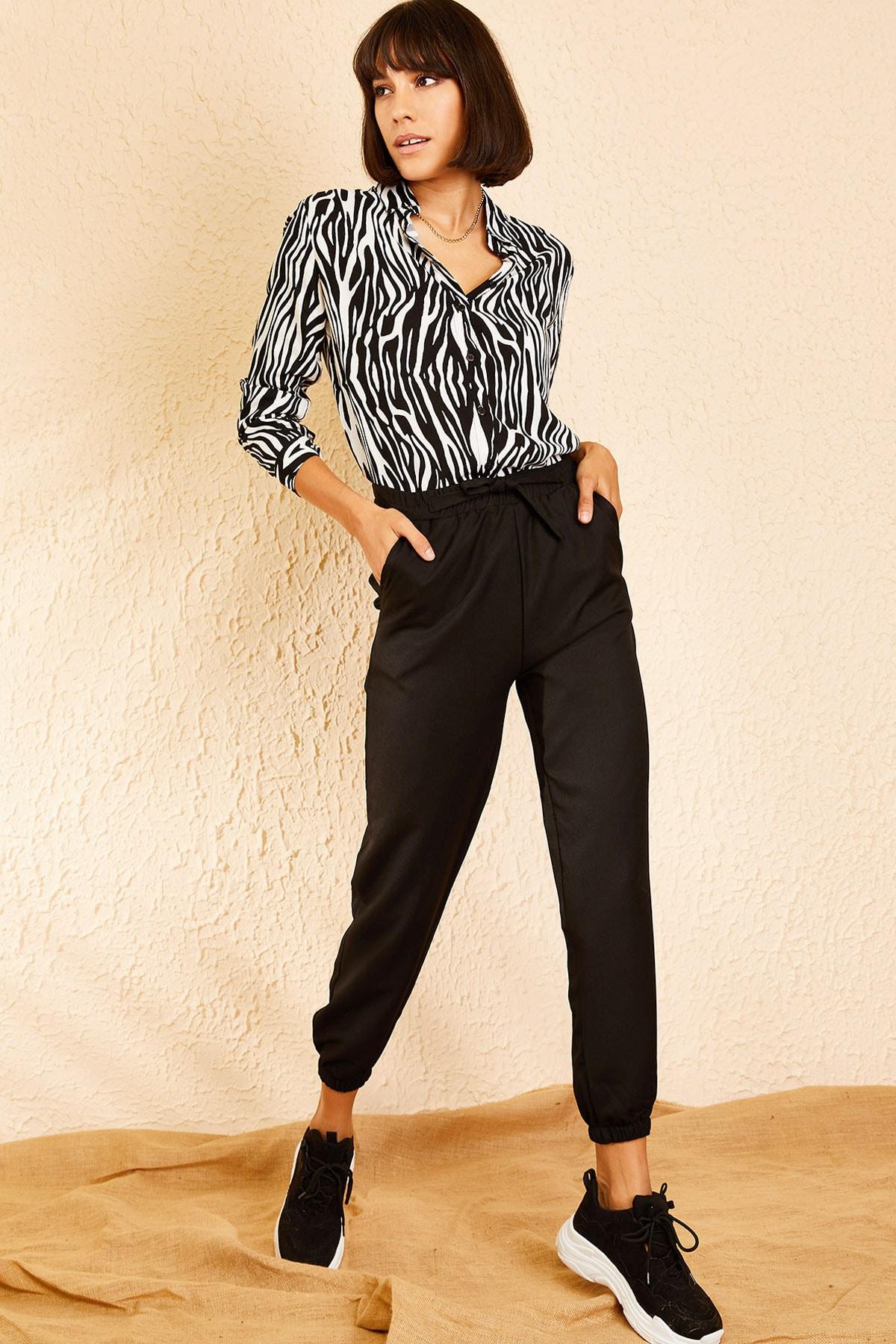 Bianco Lucci Kadın Siyah Beli ve Paçası Lastikli Mevsimlik Rahat Pantolon 10111026 2