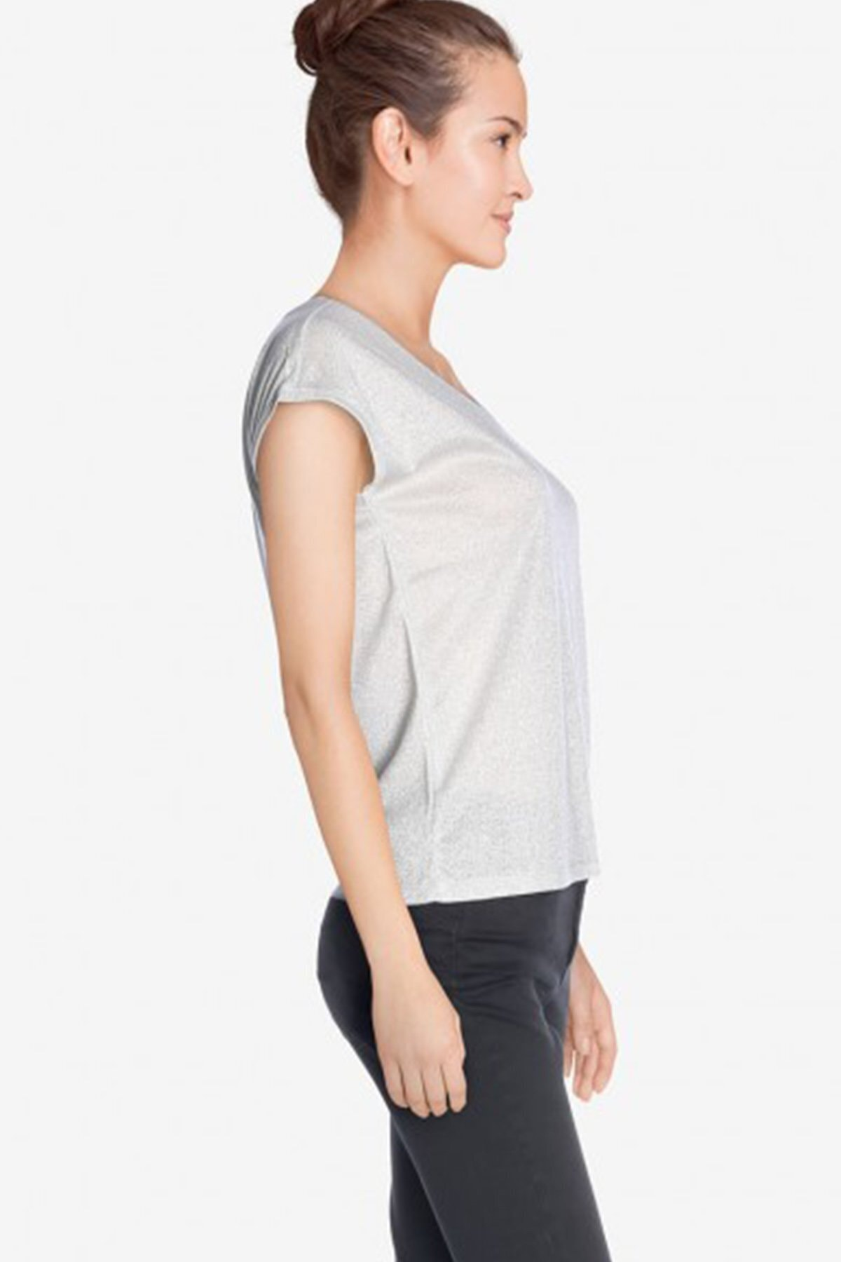 Only Kadın Gri Kısa Kollu V Yaka T-Shirt 15136069 ONLSILVERY 2
