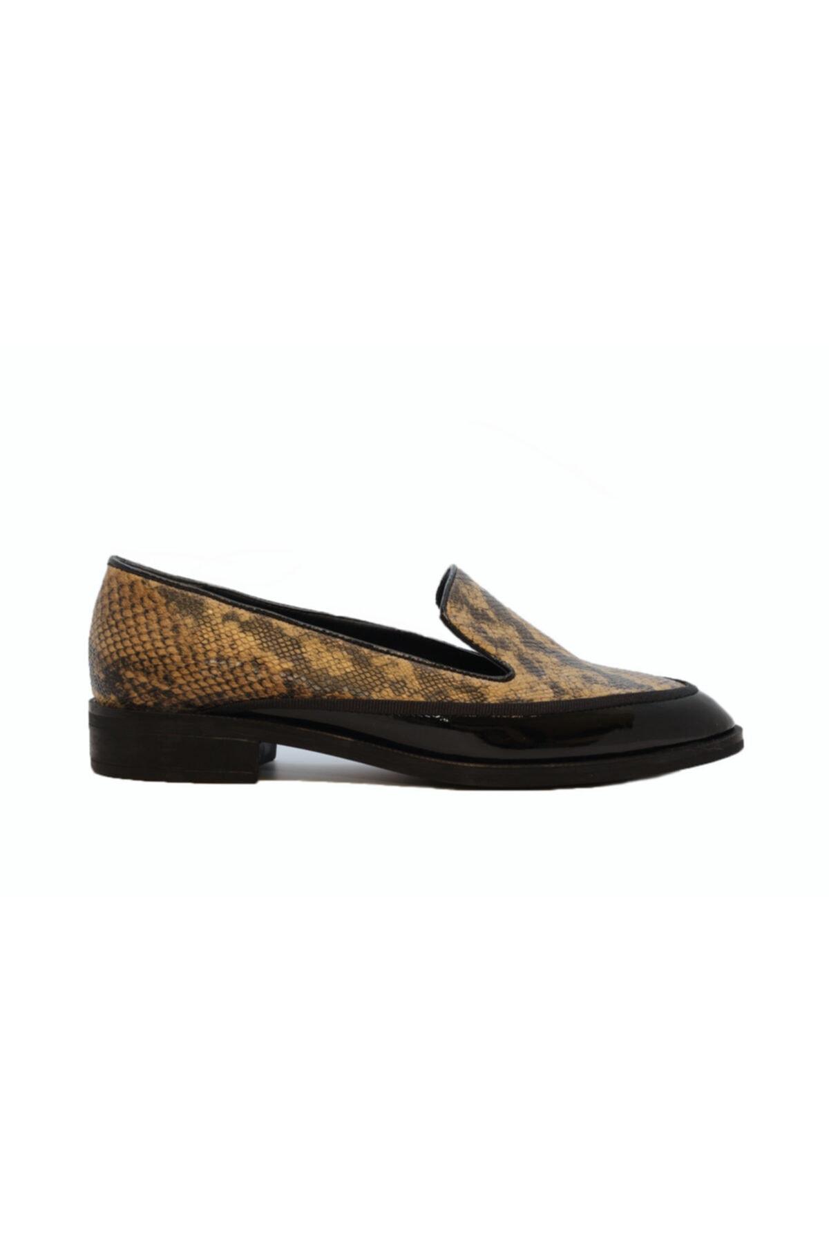DİVUM Siyah Rugan Yılanlı Ayakkabı 1