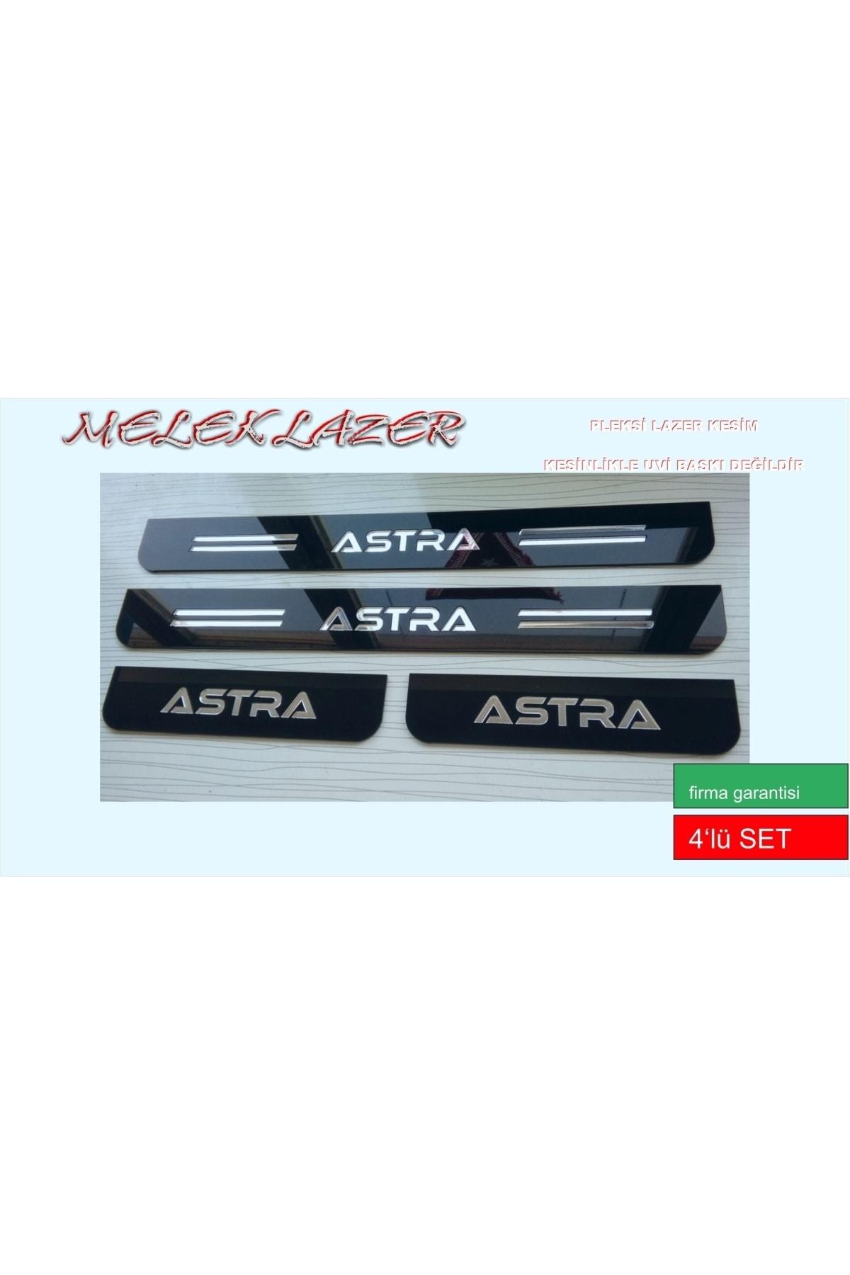 3M Opel Astra Sport Pleksi Kapı Eşiği 1