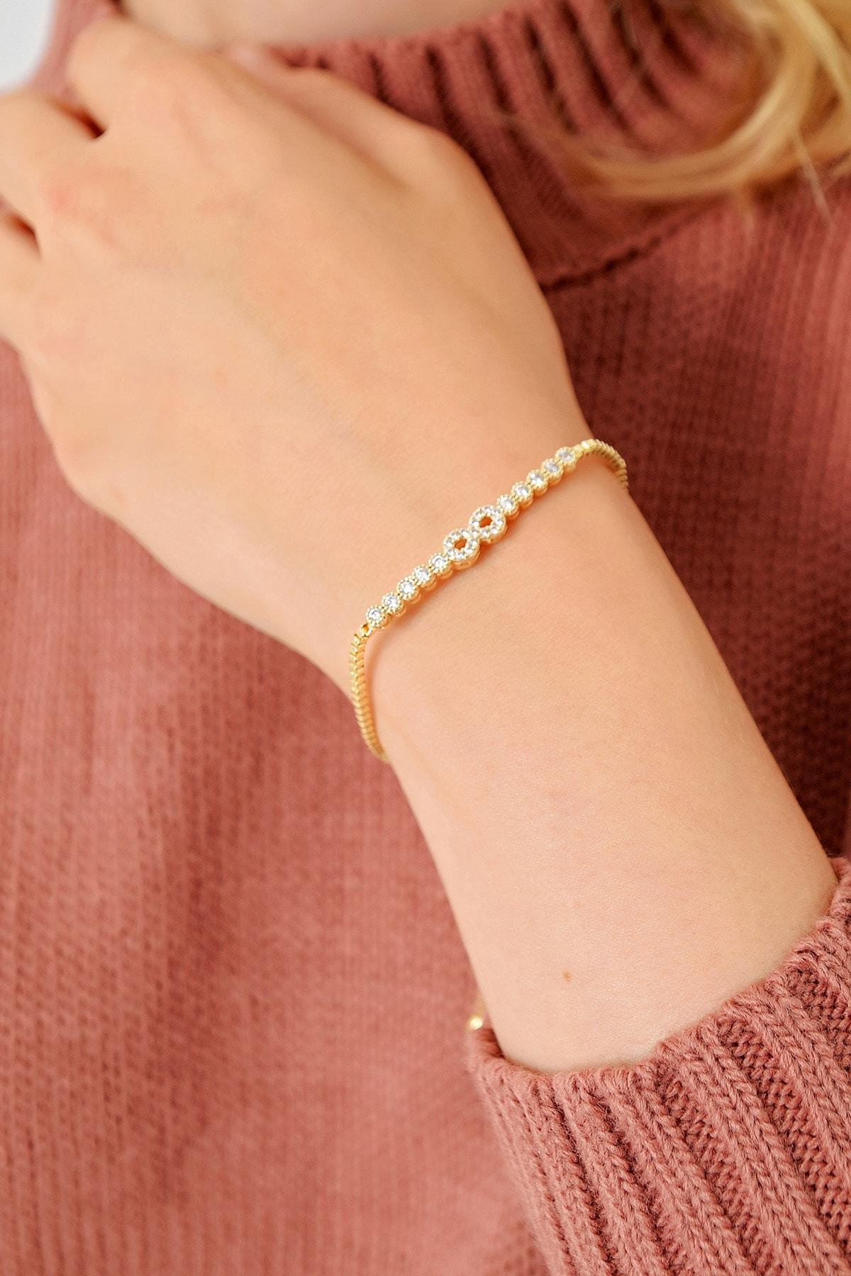 Trend Alaçatı Stili Kadın Gold Asansörlü Gold Taşlı Bileklik ALC-A1972 1