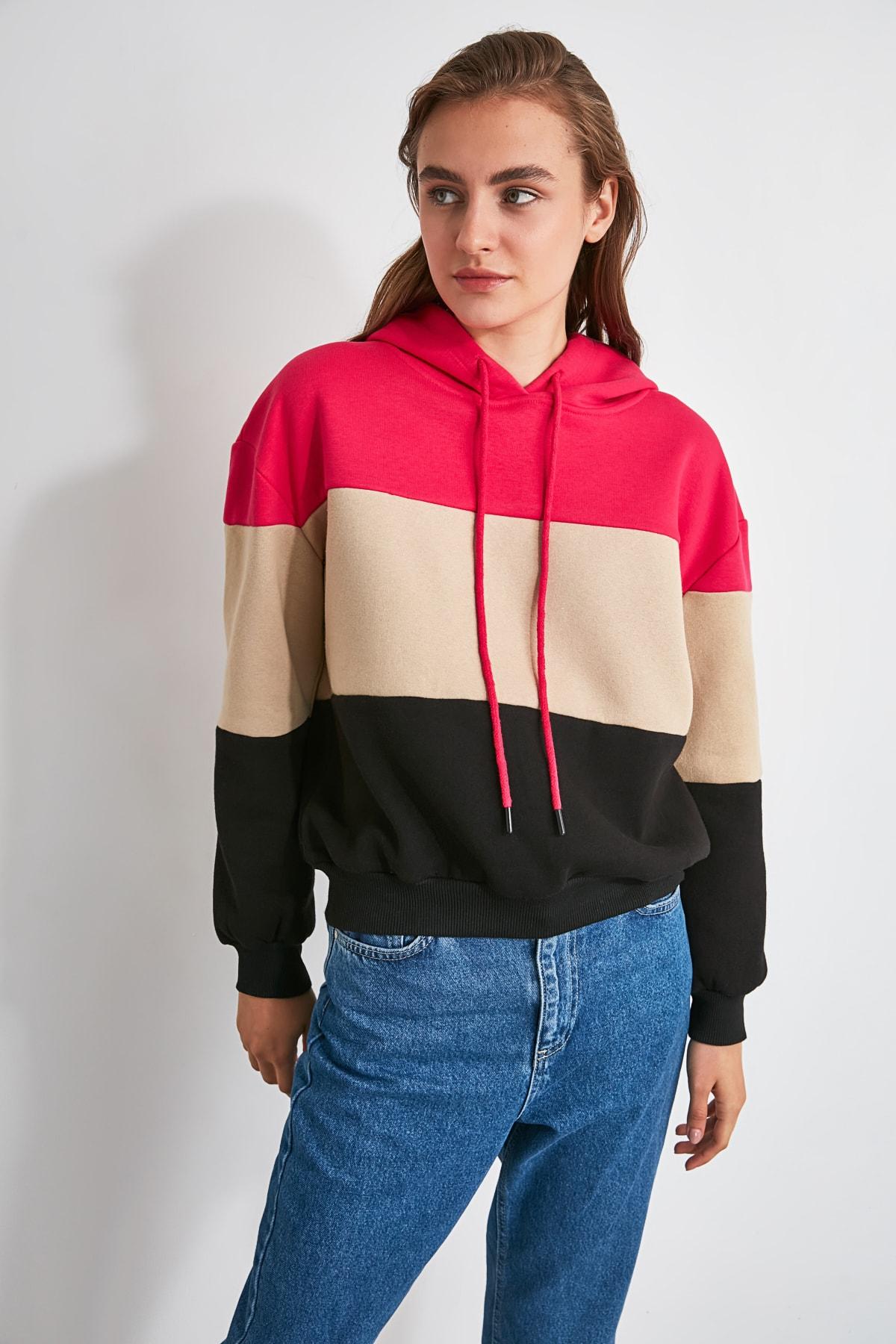 TRENDYOLMİLLA Fuşya Renk Bloklu Kapüşonlu Şardonlu Örme Sweatshirt TWOAW20SW0792 2