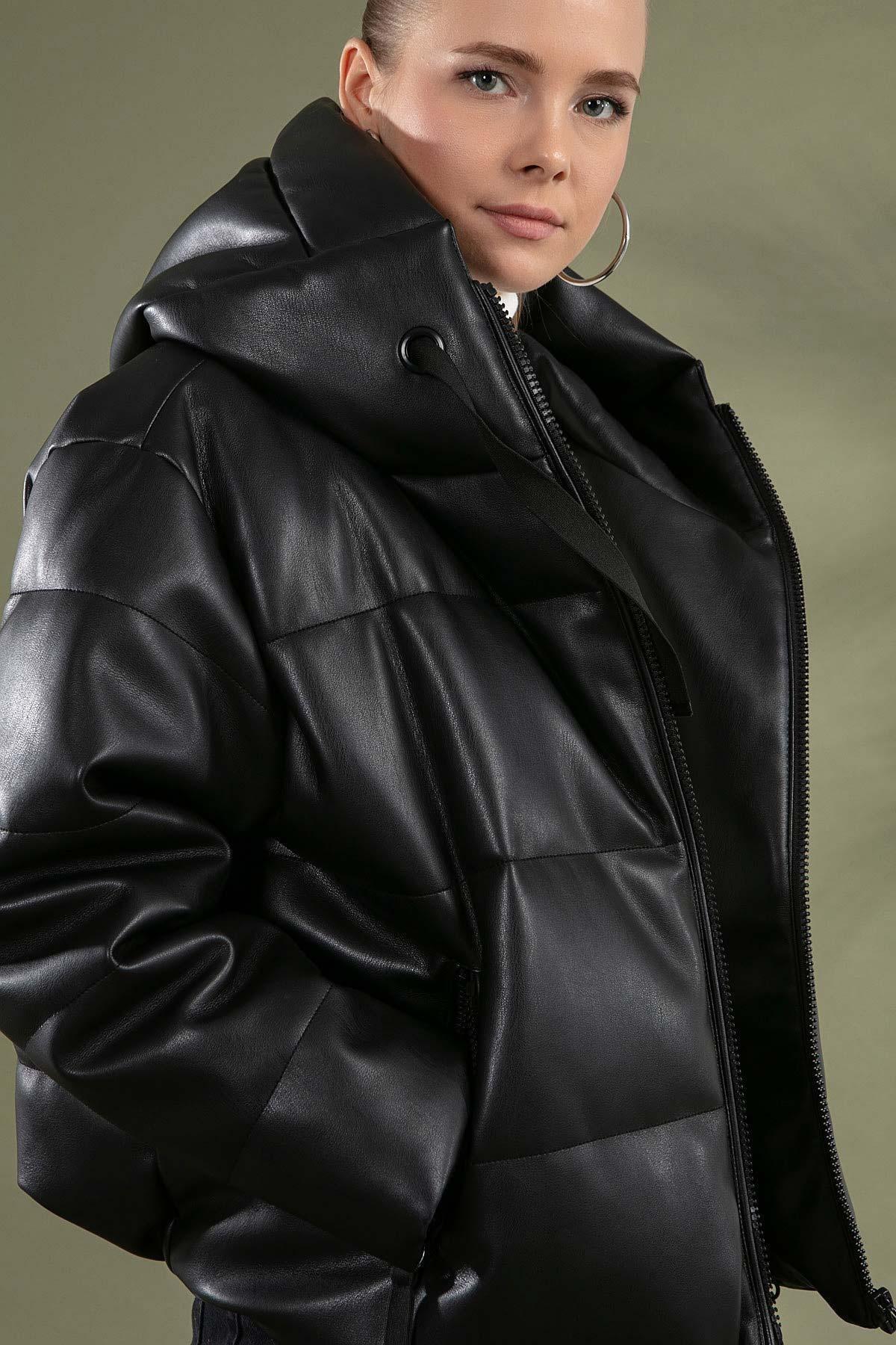 Y-London Kadın Siyah Kapşonlu Şişme Mont Y20W110-1028 1