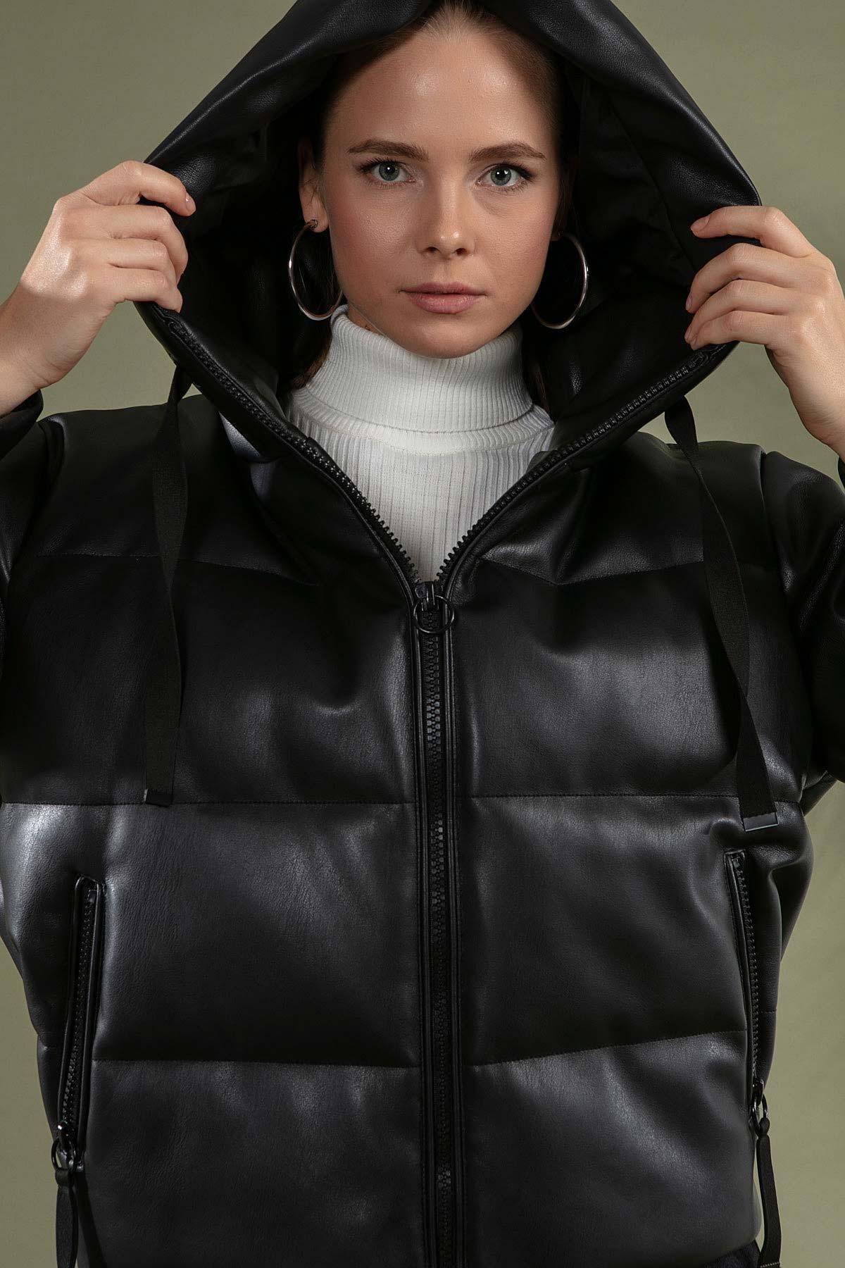 Y-London Kadın Siyah Kapşonlu Şişme Mont Y20W110-1028 2