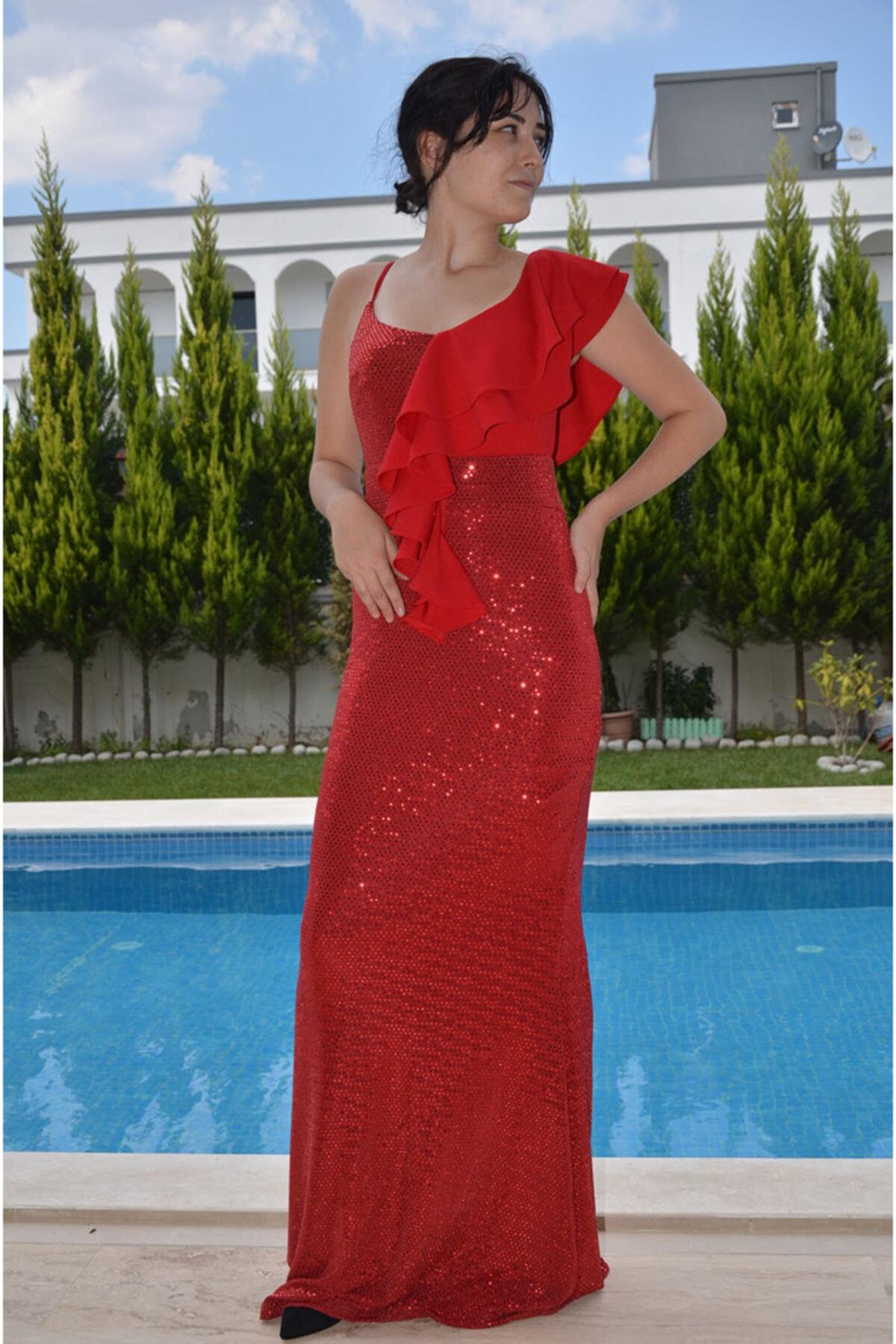 zeynep Ön Detaylı Balık Elbise 1