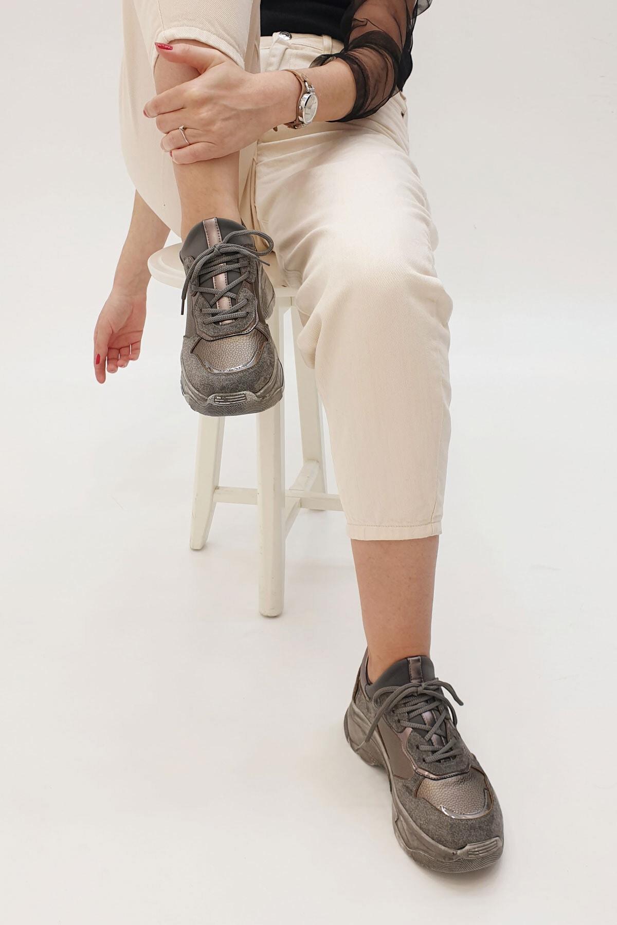 Marjin Gri Süet Kadın Coye Dolgu Topuklu Sneaker Spor Ayakkabı 19K0033PM5421