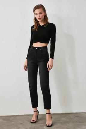 TRENDYOLMİLLA Antrasit Yüksek Bel Mom Jeans TWOAW21JE0355