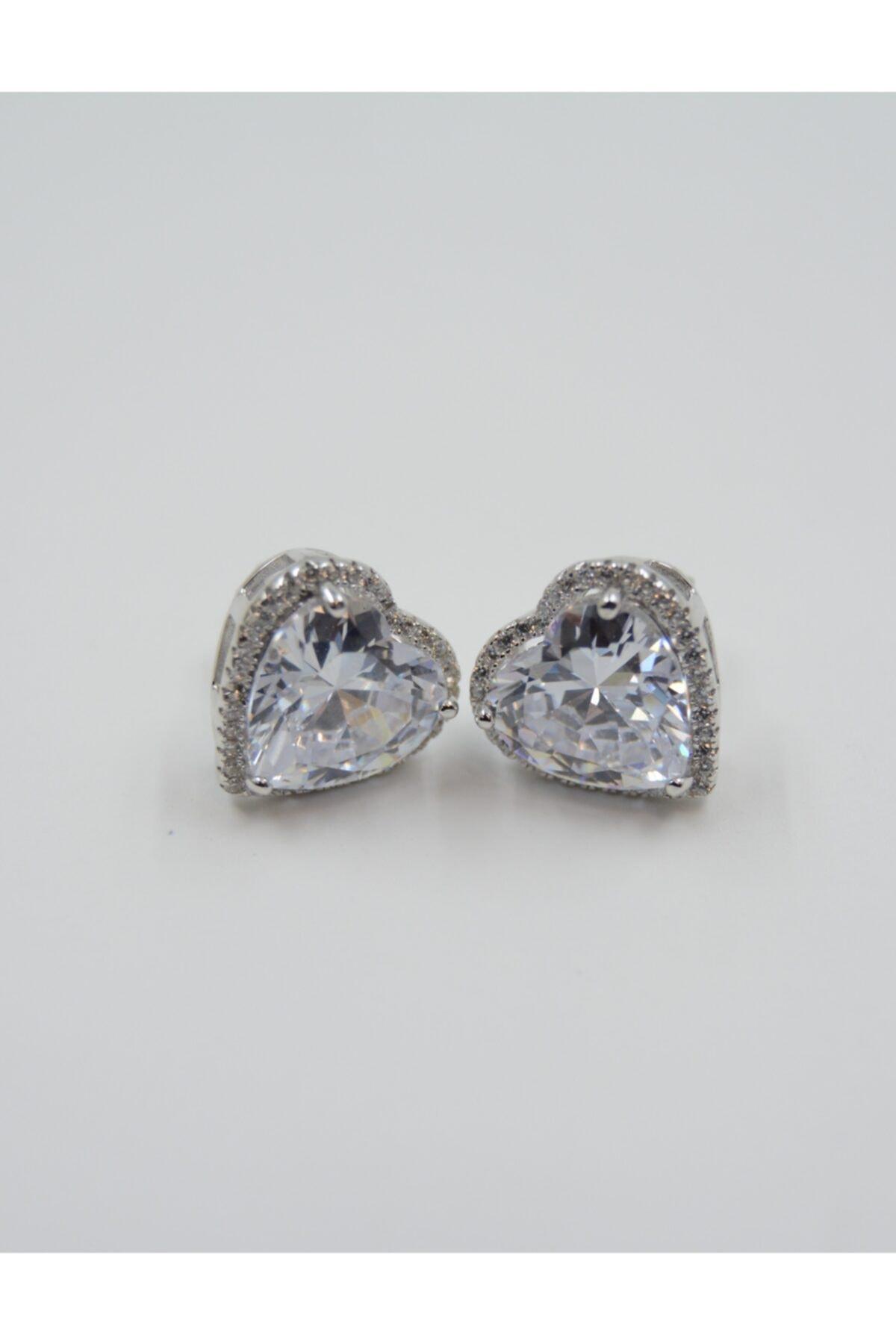 Swaroski Kalp Desenli Beyaz Zirkon Taşlı 925 Ayar Gümüş Kadın Küpe 1