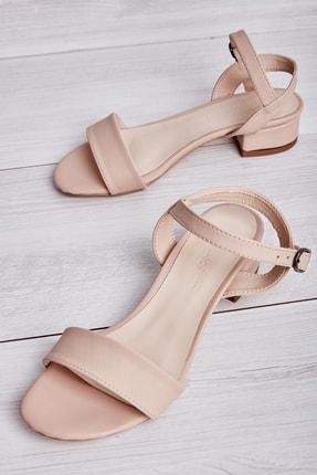 Bambi Nude Kadın Klasik Ayakkabı L05037300