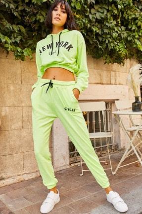 Olalook Kadın Neon Yeşil Newyork Baskılı Neon Eşofman Takımı ETKM-0000008