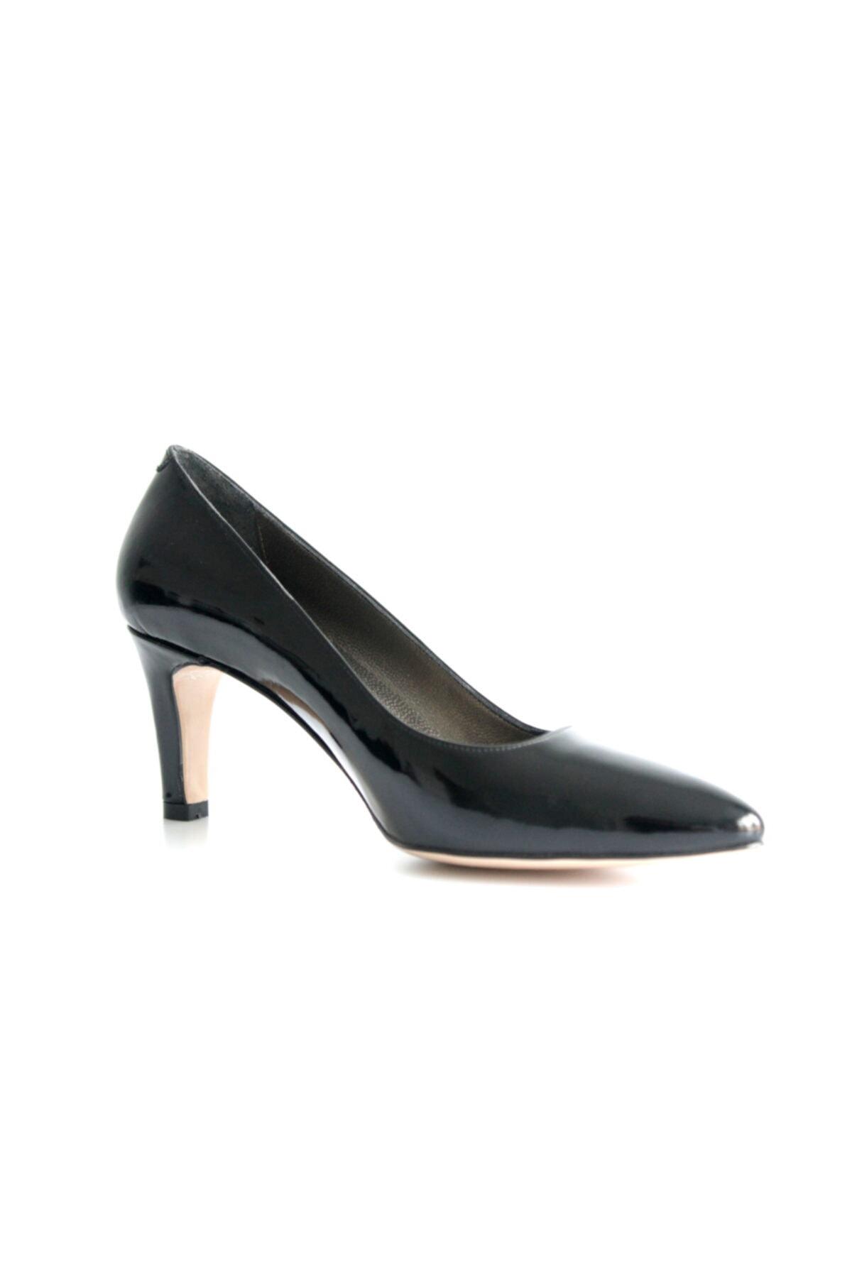 Beta Kadın Siyah Rugan Deri Ayakkabı 1
