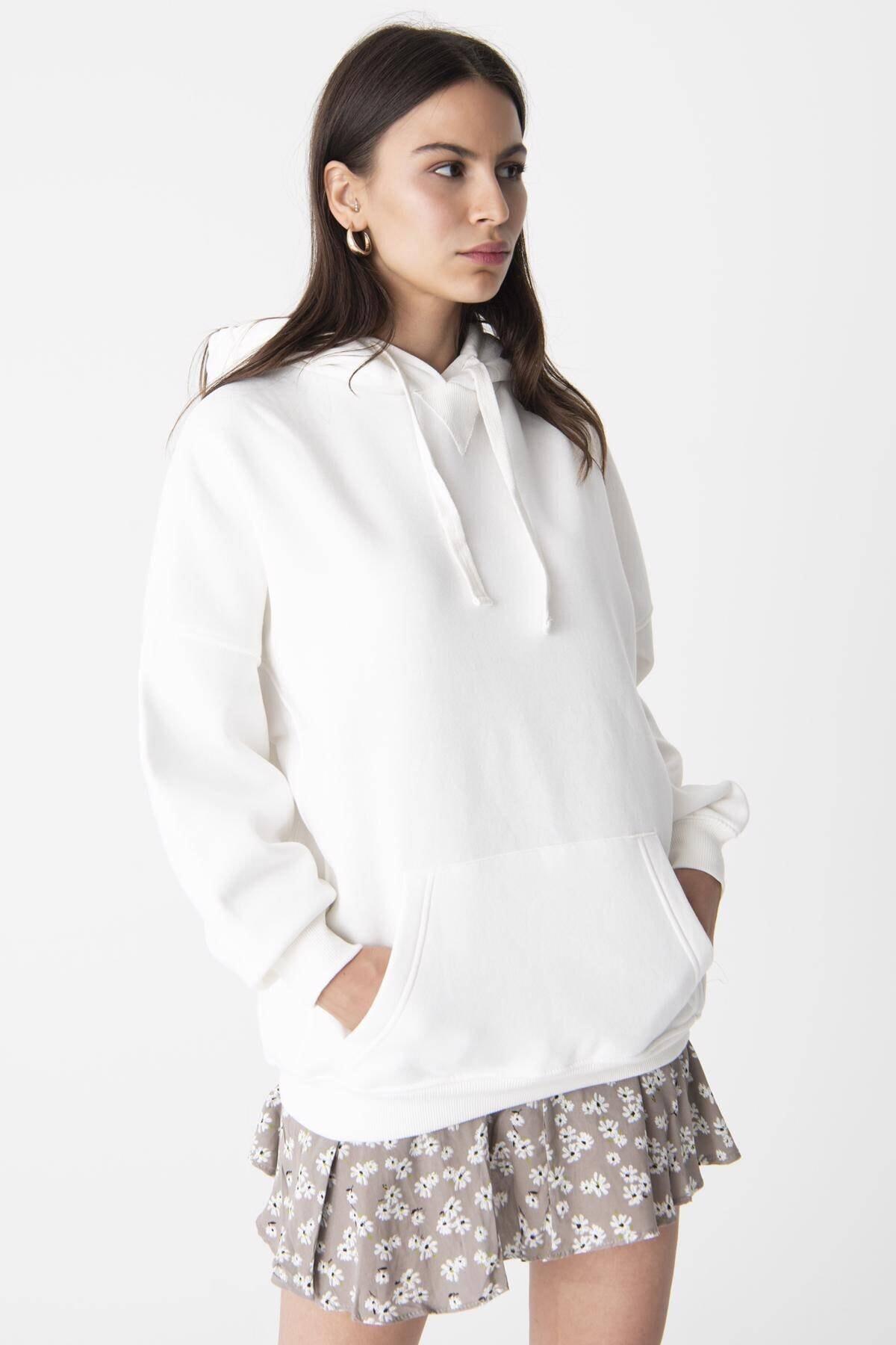 Addax Kadın Ekru Kapüşonlu Sweatshirt ADX-0000014040 1