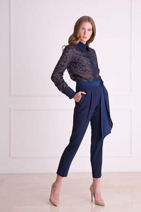 xGIZIA Kadın Lacivert Saten Bel Detaylı Kumaş Pantolon