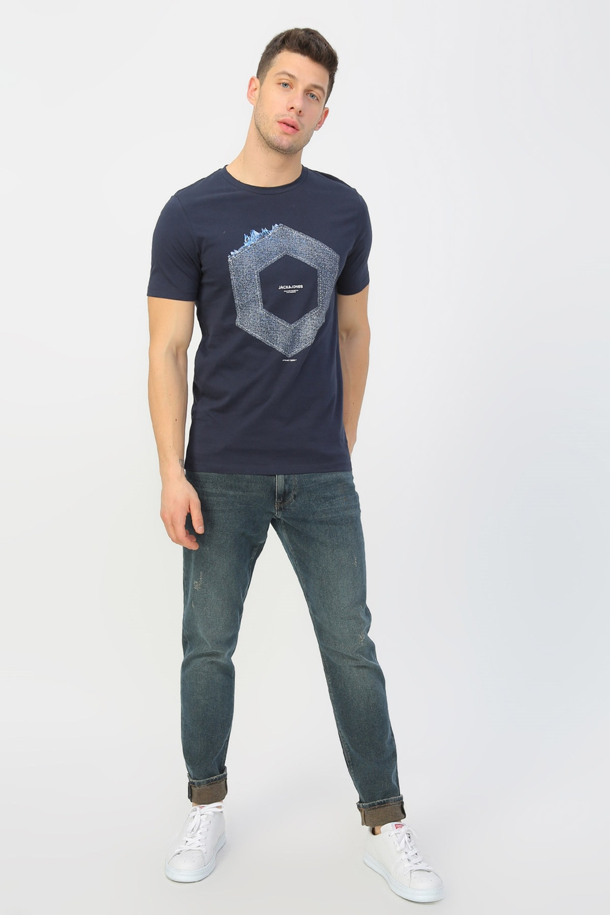 Jack & Jones T-Shirt - Tutan Core Tee SS Crew Neck 12167185 1