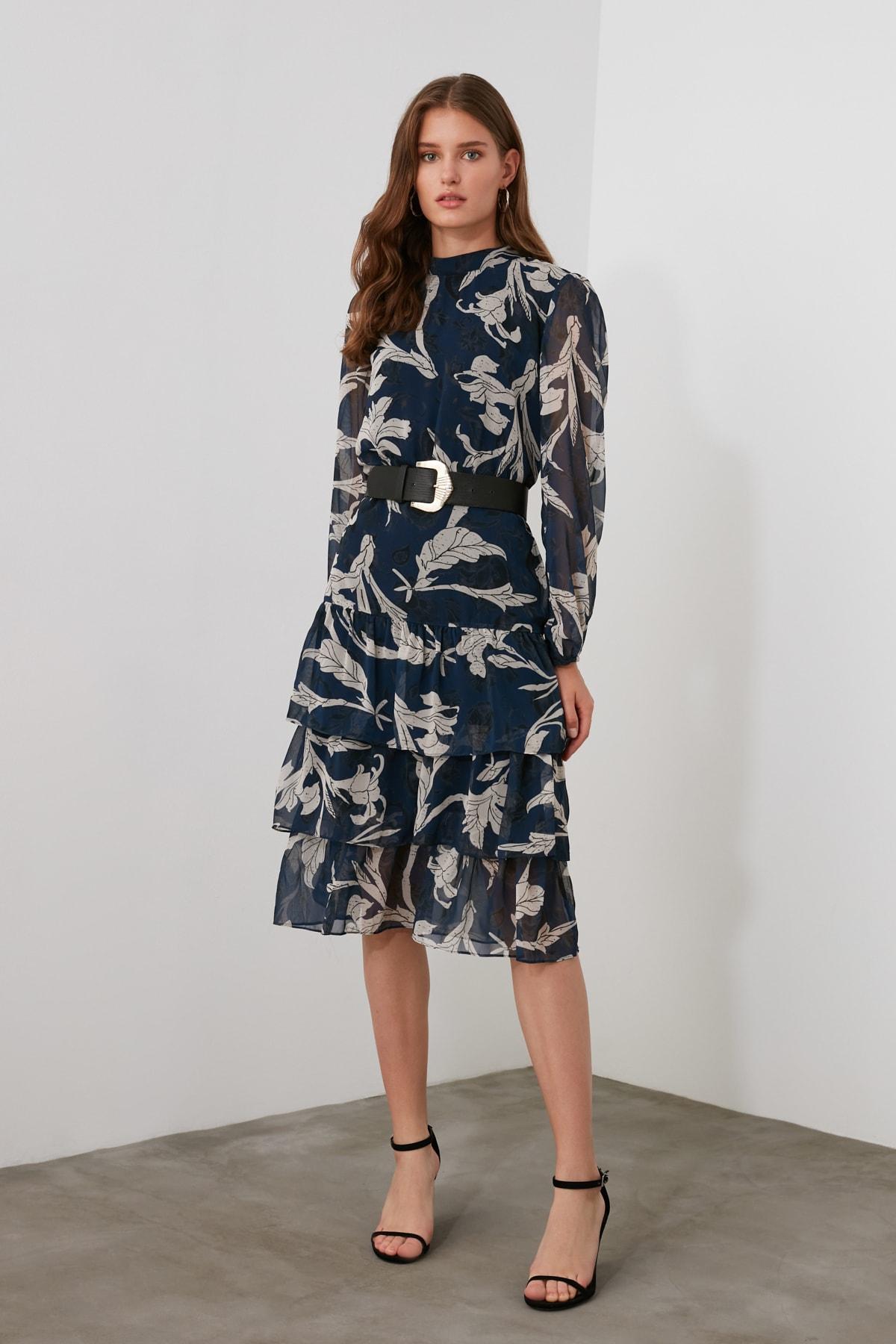 TRENDYOLMİLLA Lacivert Volanlı Elbise TWOAW21EL0354 2
