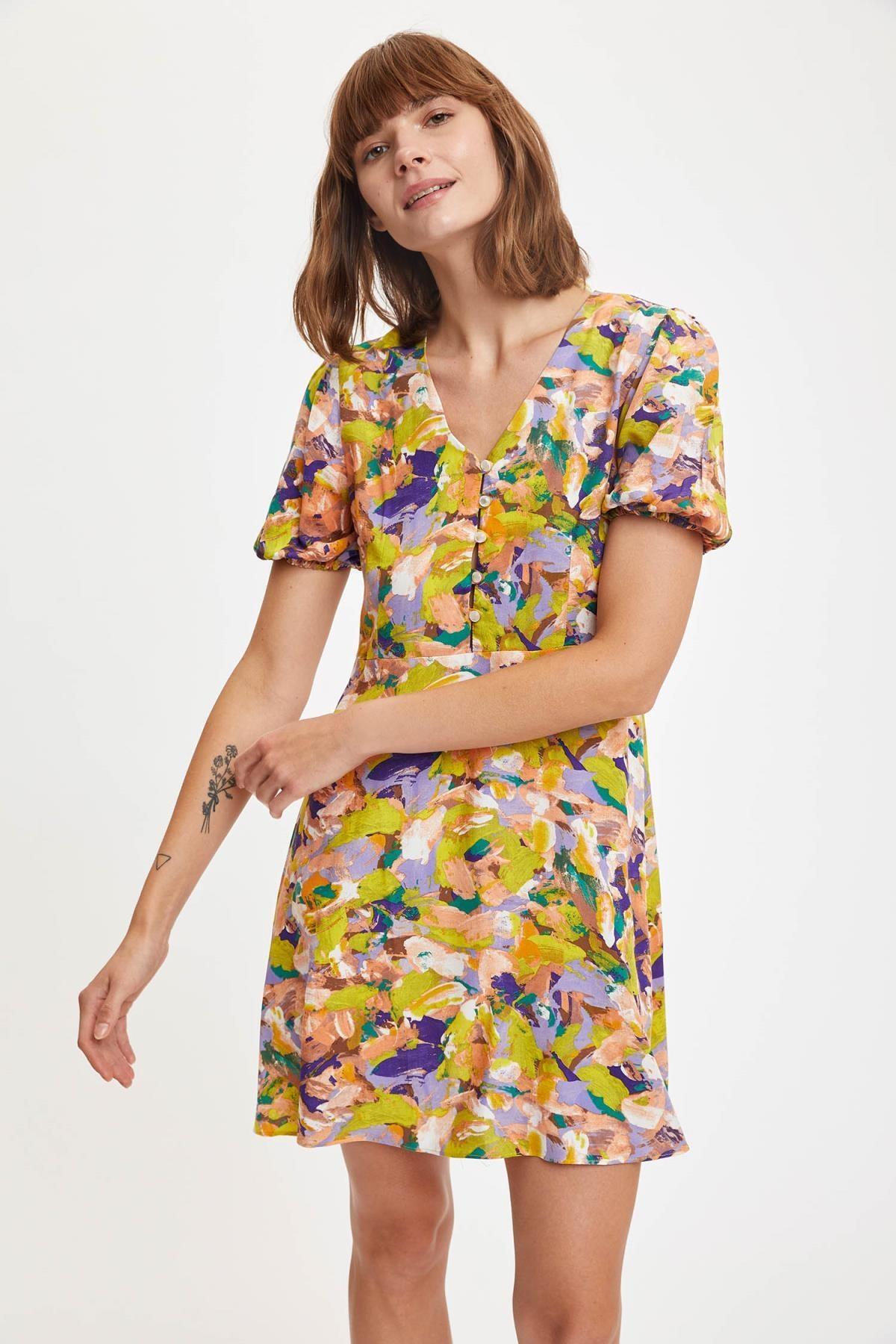 DeFacto Renkli Kısa Kollu Gömlek Yaka Viskon Elbise