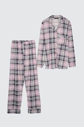 TRENDYOLMİLLA Ekoseli Örme Pijama Takımı THMAW21PT0441