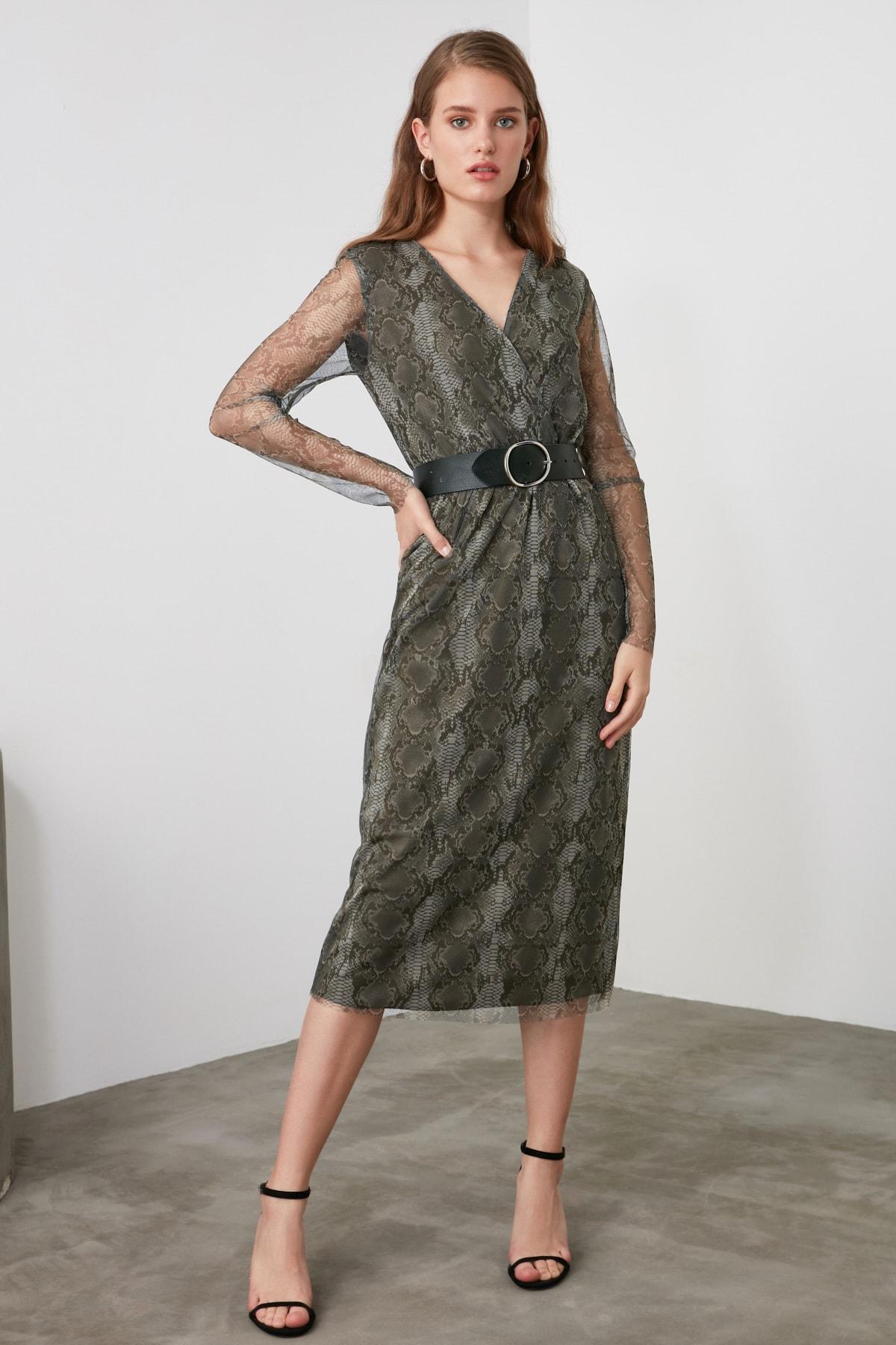 TRENDYOLMİLLA Yeşil V Yaka Tül Örme Elbise TWOAW21EL0667 2