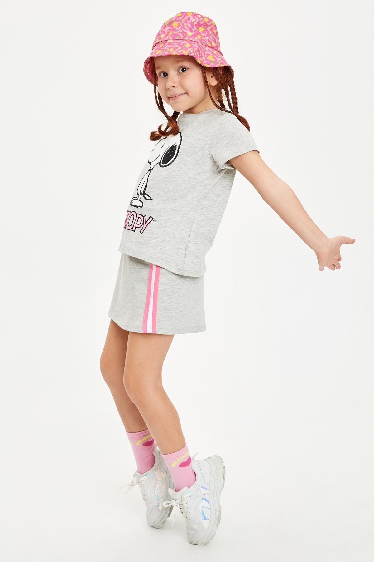 DeFacto Kız Çocuk Snoopy Lisanslı T-shirt Etek Takım
