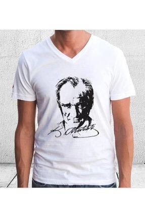 Imalat Beyaz Atatürk Baskılı V Yaka Tişört
