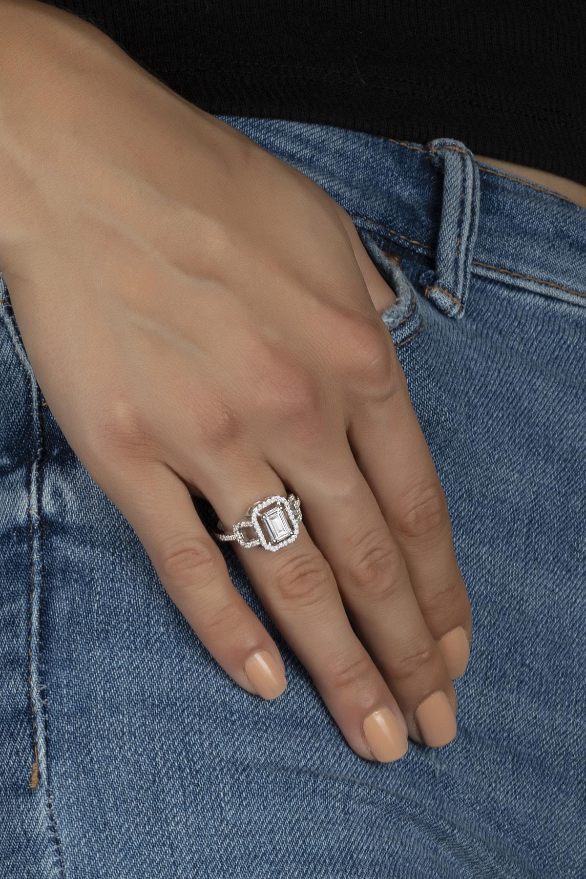 Else Silver Özel Tasarım Baget Taşlı Gümüş Bayan Yüzüğü 1
