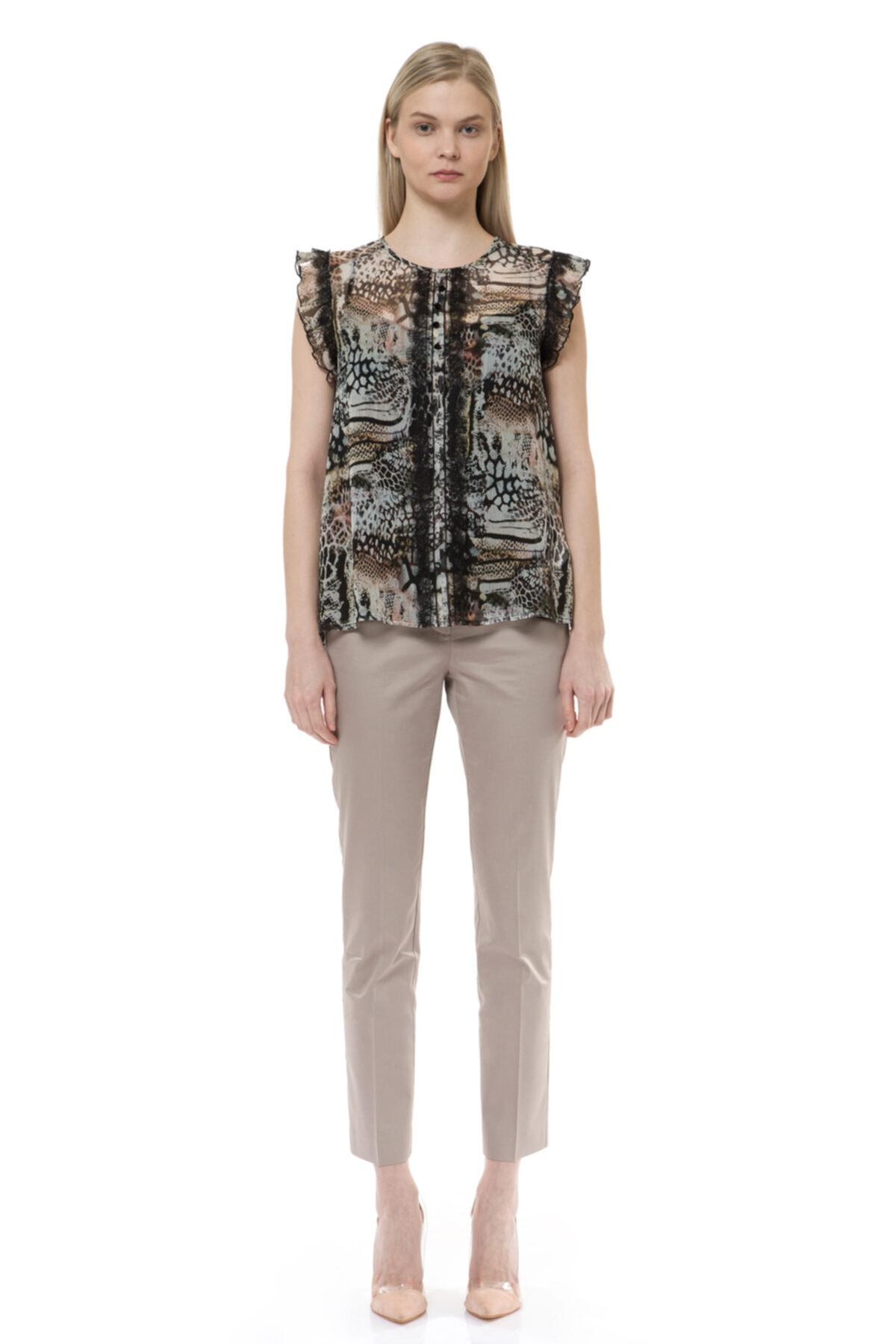 BİRELİN Kadın Kahverengi Volan ve Dantel Detaylı Bluz 1
