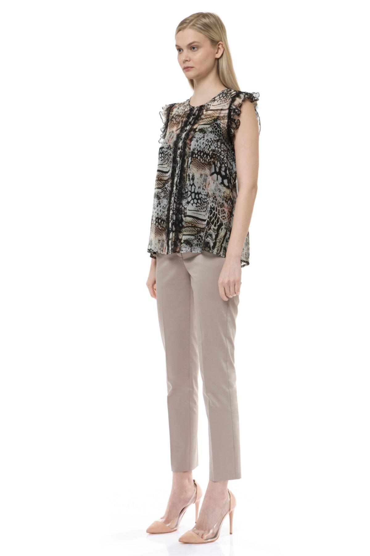 BİRELİN Kadın Kahverengi Volan ve Dantel Detaylı Bluz 2