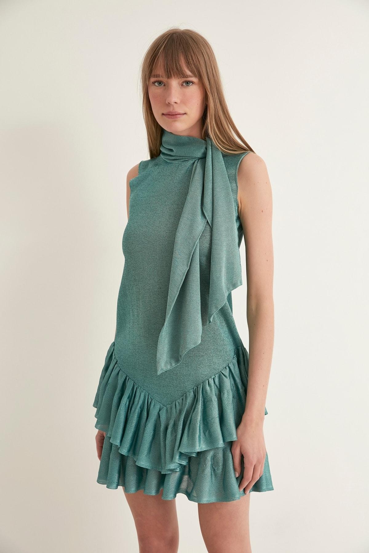 JOIN US Yakası Bağlamalı Etek Ucu Fırfırlı Triko Elbise-yeşil