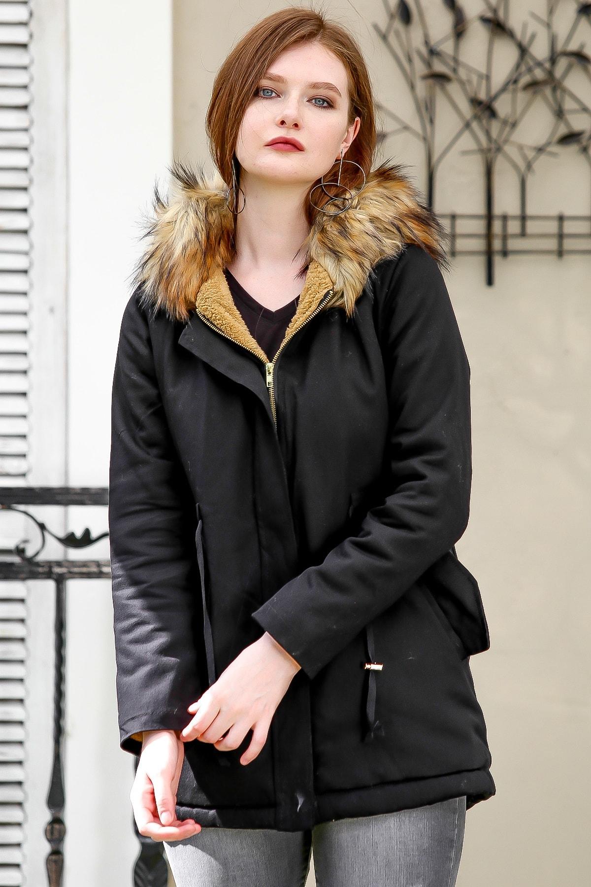 Chiccy Kadın Siyah-Kahve Casual vegan kürk kapüşonlu içi astarlı gabardin cepli kaban M10210200KA99887