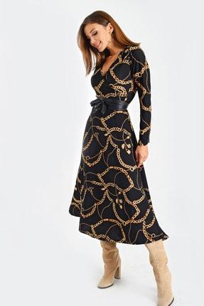 By Saygı Kadın Siyah Kruvaze Yaka Zincir Desenli Beli Kemerli Örme Krep Cepli Elbise S-21K1320005
