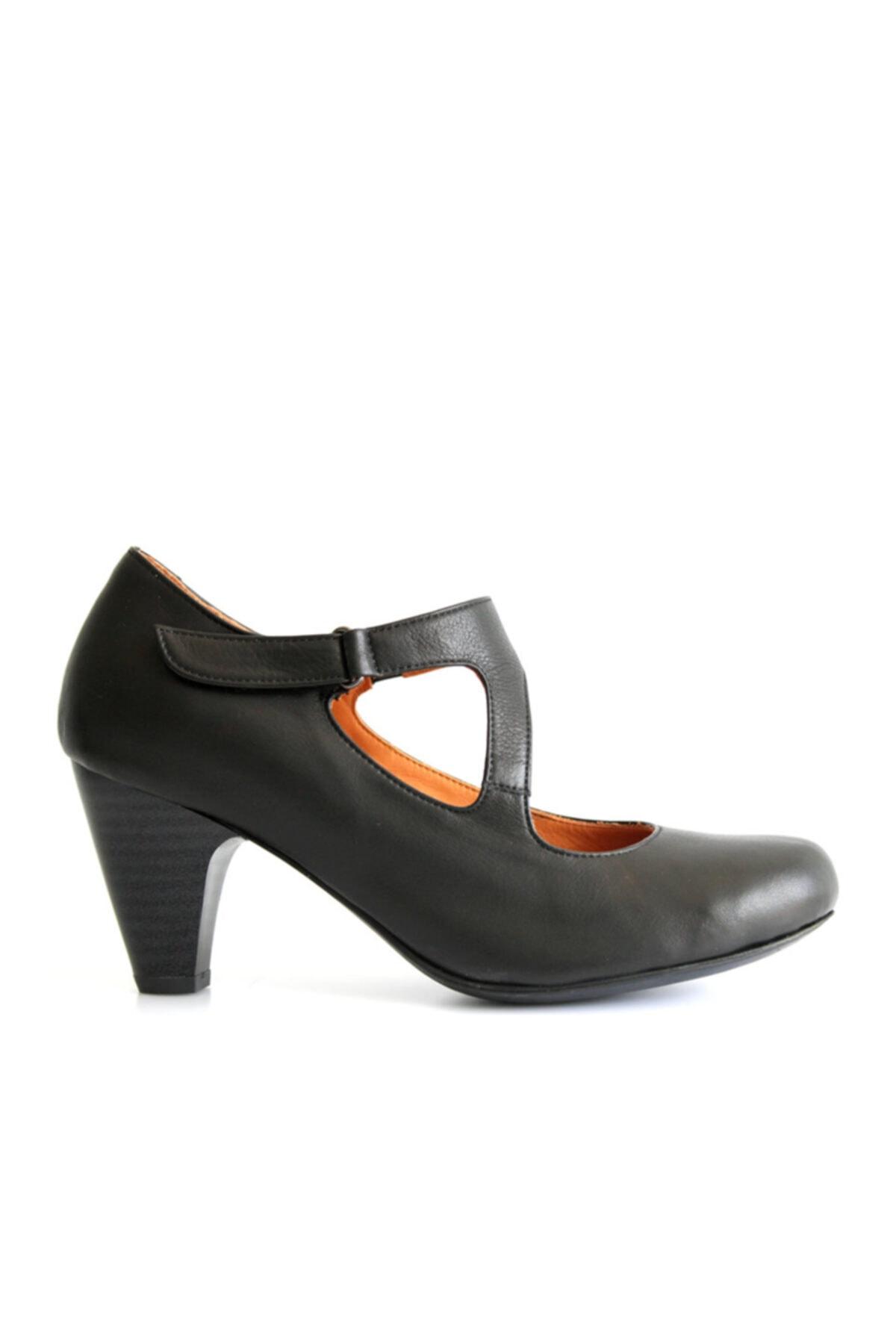 Beta Shoes Kadın Siyah Ayakkabı 2