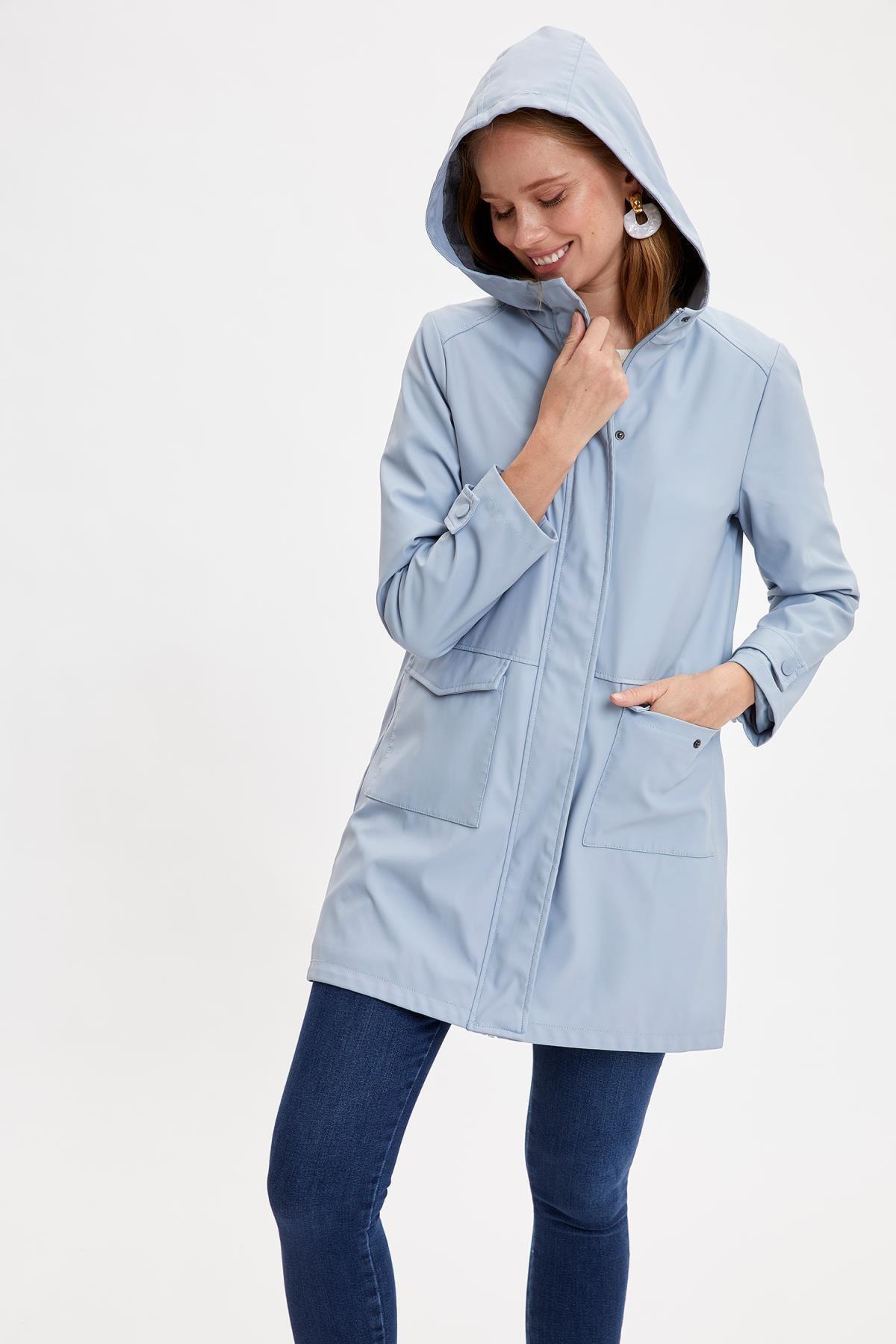 DeFacto Kadın Blue Kapüşonlu Cep Detaylı Yağmurluk N6735AZ20AU