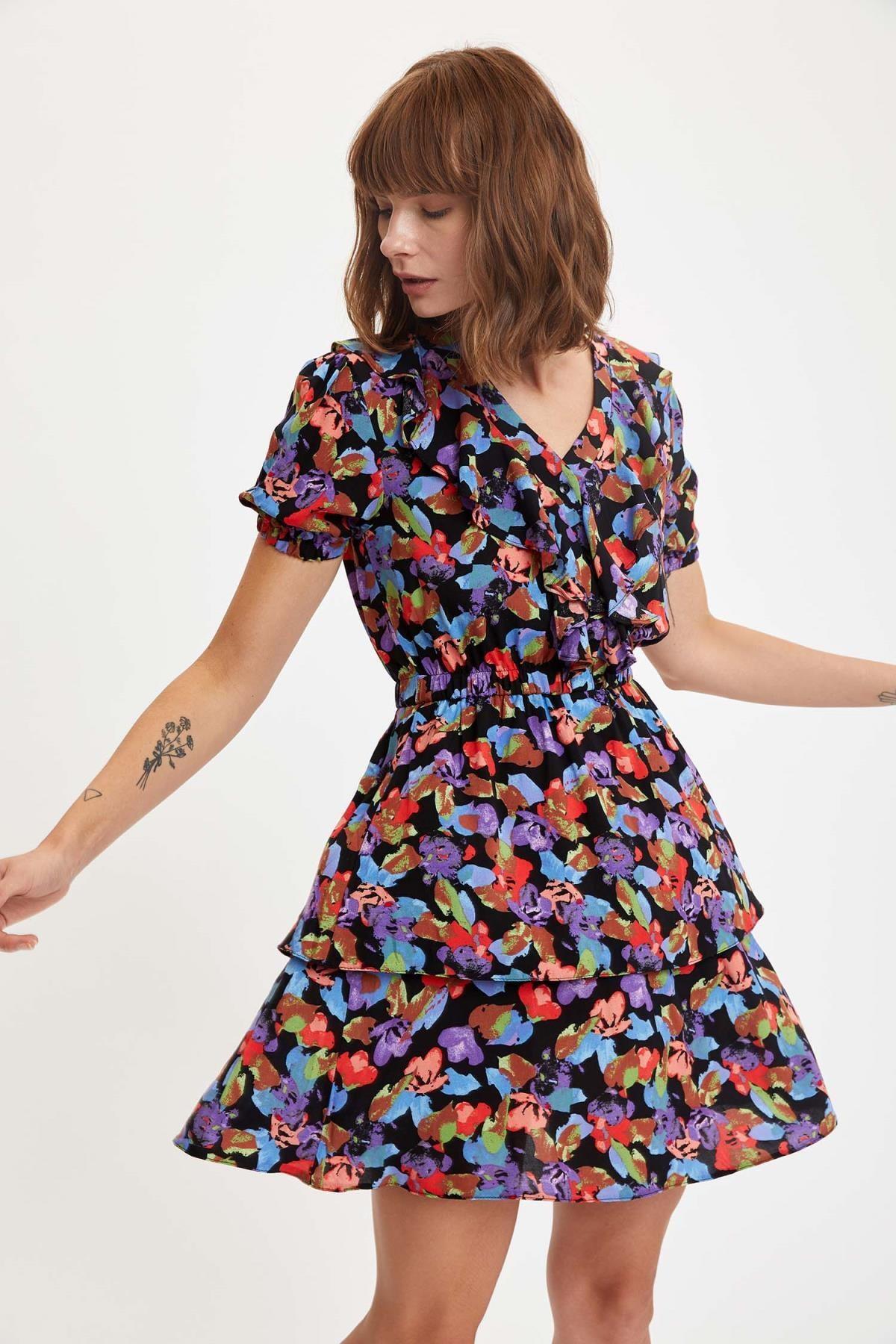 DeFacto Volanlı Katlı Fırfırlı Etekli Viskon Elbise