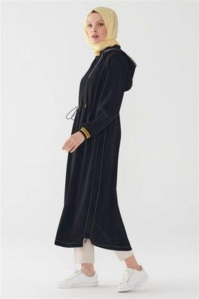 Zühre Kadın Siyah Kapüşonlu Gizli Pat Düğmeli Uzun Kap 11252