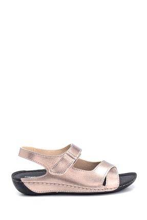 Derimod Kadın Platin Dolgu Topuklu Casual Sandalet