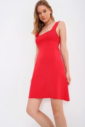 Trend Alaçatı Stili Kadın Kırmızı Kare Yaka Askılı Merserize Elbise ALC-X6556